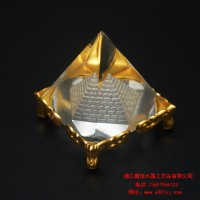 金字塔能量发生器