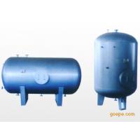 容積式浮動盤管熱交換器