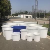 50-3000升牛筋桶