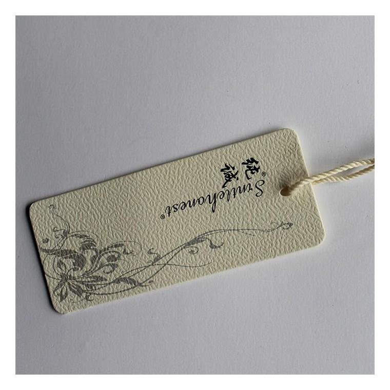 廠家直銷 供應各種服裝輔料 服裝吊牌 紙張吊牌 褲子標簽吊牌