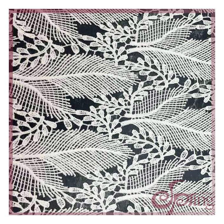 廣州廠家  羽毛樹葉圖案牛奶絲刺繡面料 外貿 服裝服裝花邊
