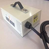 24V--30A(1000W)汽車充電器