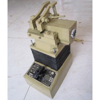 UN-3型臺式對焊機