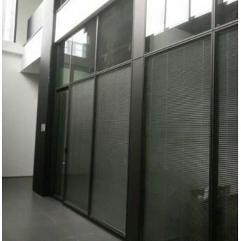 鋼化玻璃辦公室隔斷