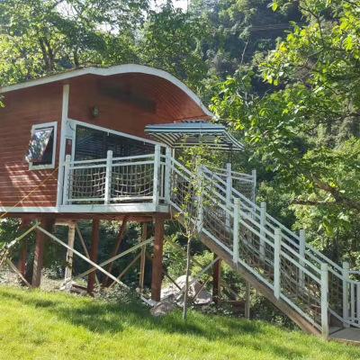 幼兒園小型戶外游樂木質樹屋 兒童拓展場地定制攀爬鉆洞樹屋組合