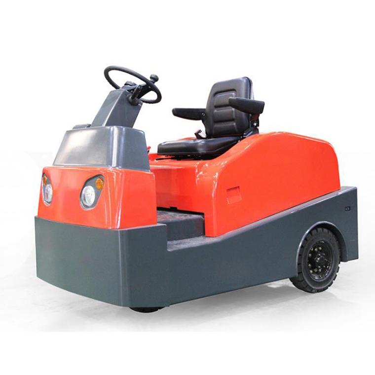 电动座驾式牵引车