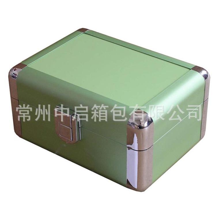 防震防水工具箱