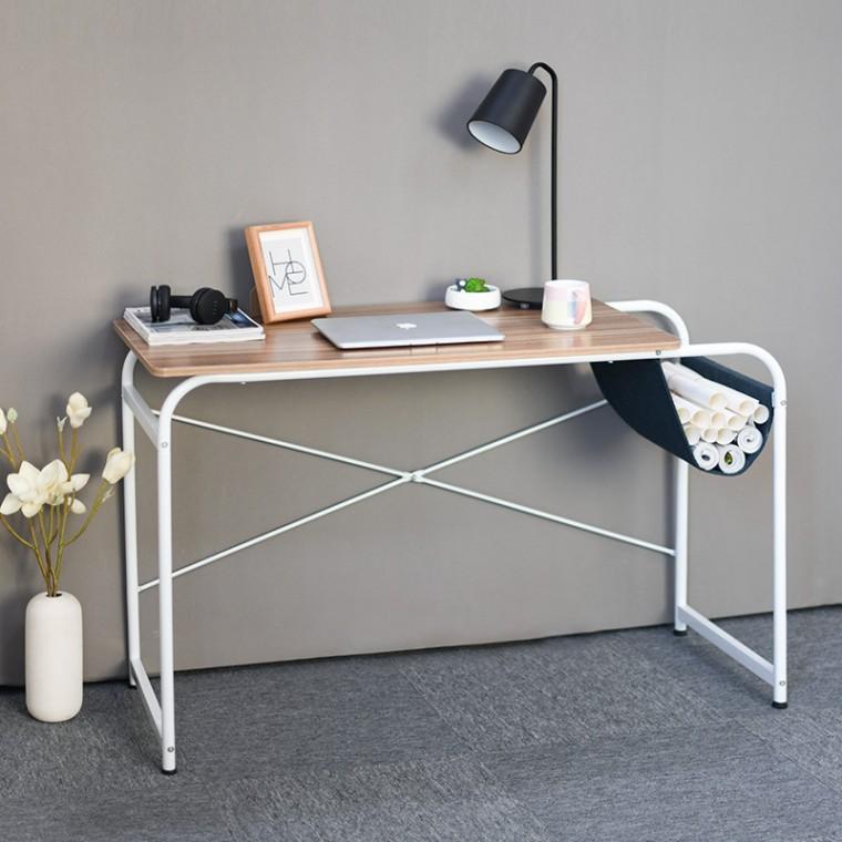 簡約電腦書桌