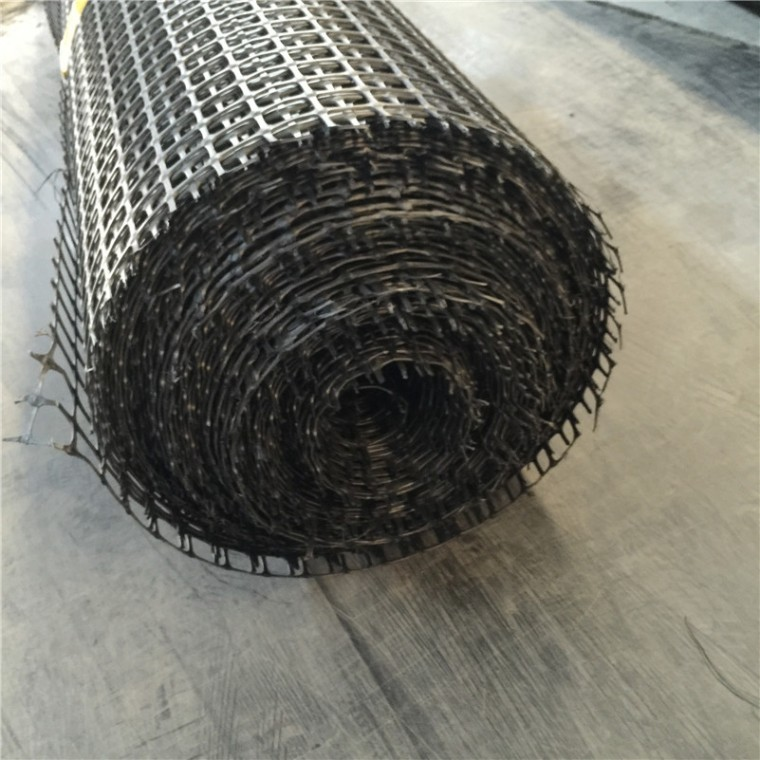 黑色双向拉伸养殖塑料土工格栅 公路加筋加固土工格栅