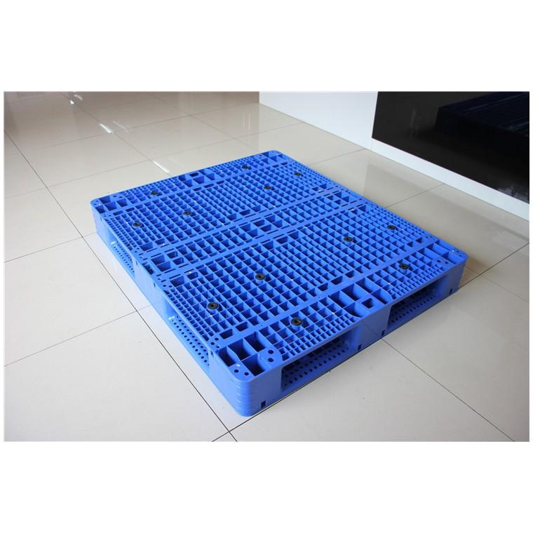 陜西省漢中市 九腳網輕塑料托盤雙面塑料托盤信譽保證