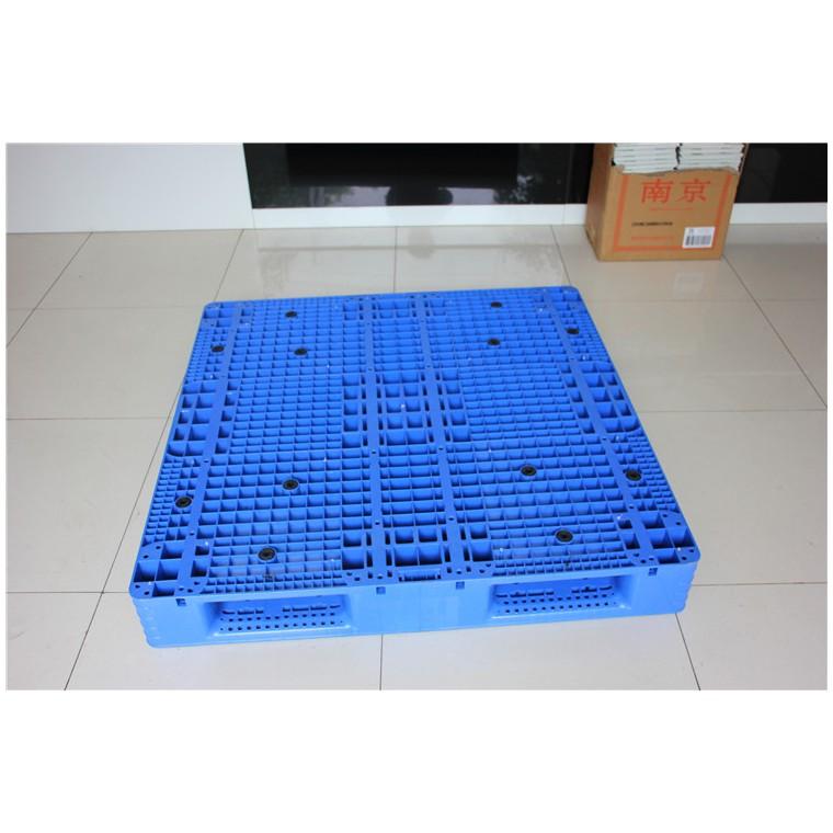陜西省寶雞市 九腳網輕塑料托盤雙面塑料托盤哪家比較好