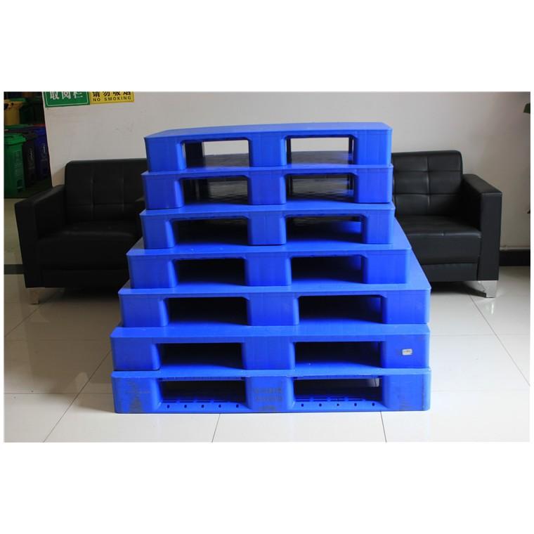 陜西省西安市 九腳網輕塑料托盤雙面塑料托盤哪家專業