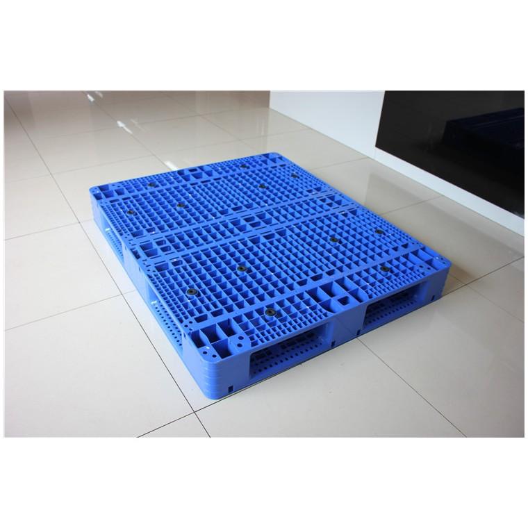 陜西省銅川市 九腳平面塑料托盤田字塑料托盤性價比