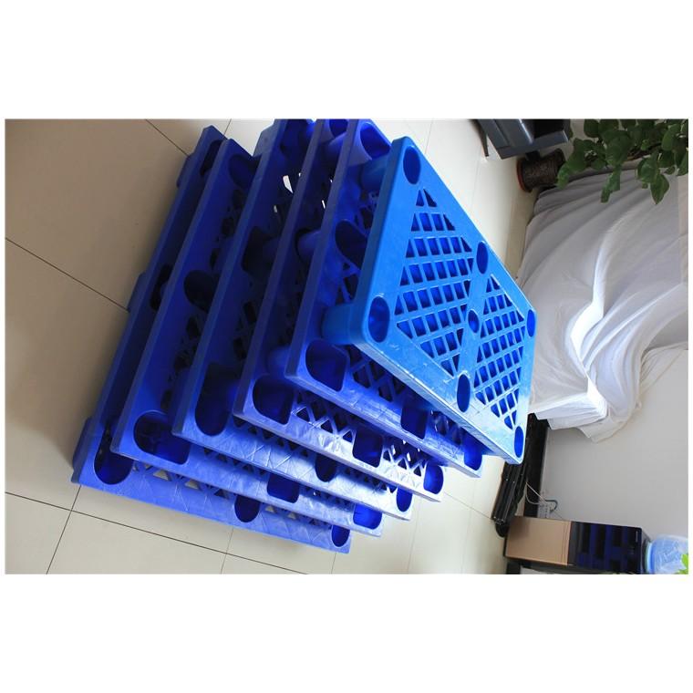 陕西省汉中市 九脚平面塑料托盘川字塑料托盘价格实惠