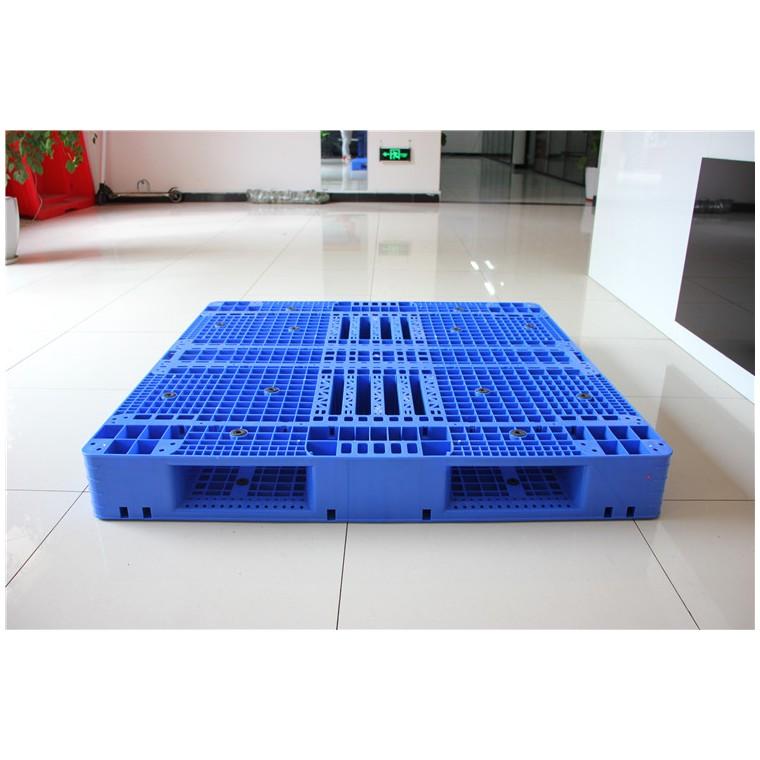 陜西省寶雞市 九腳平面塑料托盤川字塑料托盤哪家專業