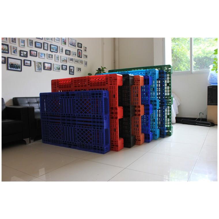 四川省达州九脚平面塑料托盘双面塑料托盘价格实惠