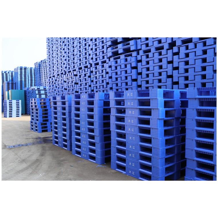 四川省雅安九腳平面塑料托盤川字塑料托盤價格實惠