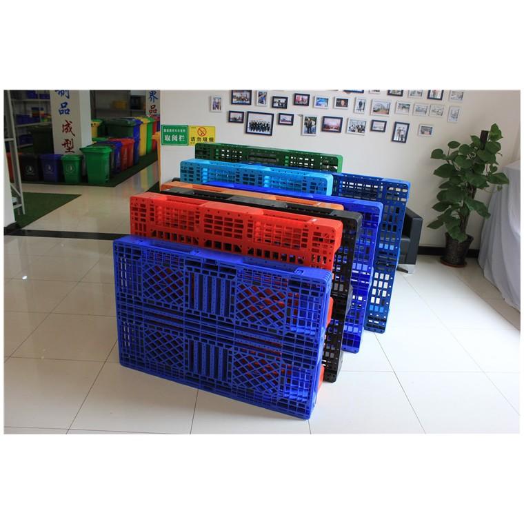 四川省達州九腳網輕塑料托盤田字塑料托盤性價比