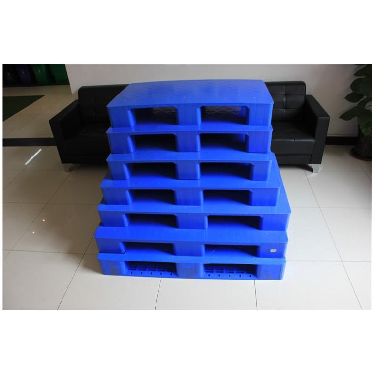 四川省阿坝九脚平面塑料托盘川字塑料托盘哪家比较好
