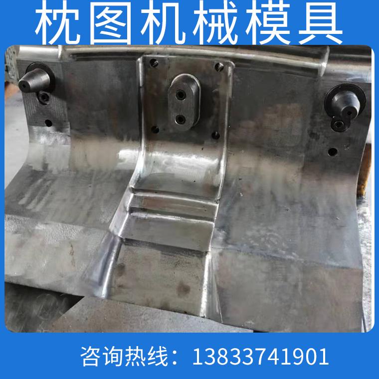 枕圖_鋁重力澆鑄模具
