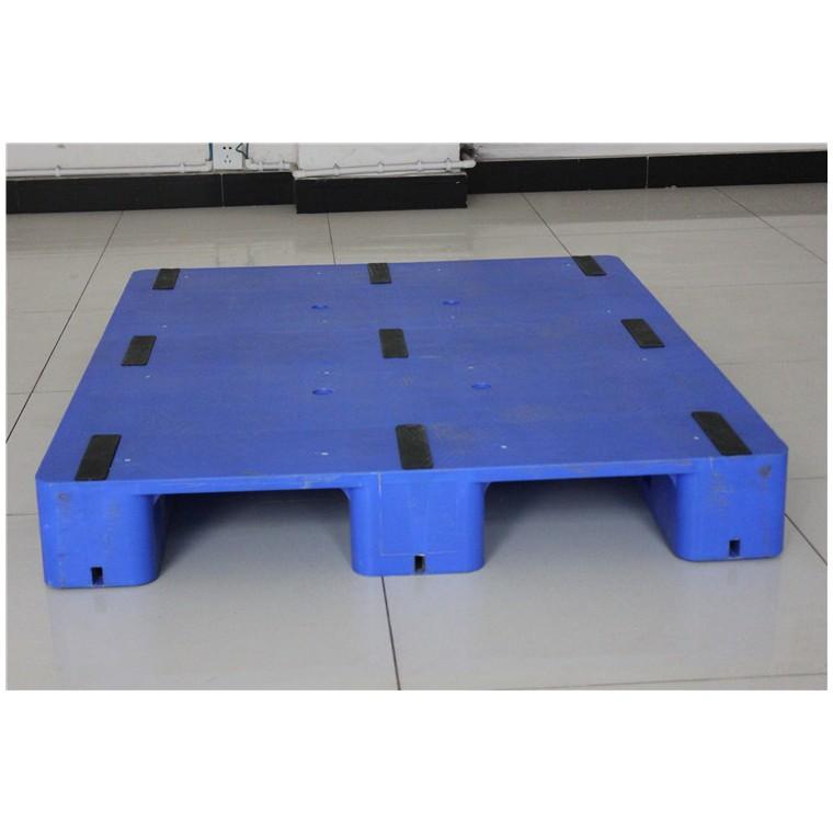 四川省涼山九腳網輕塑料托盤川字塑料托盤優質服務