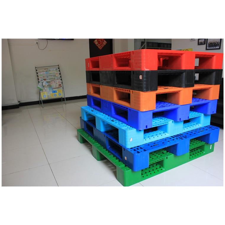四川省巴中九腳平面塑料托盤雙面塑料托盤價格實惠