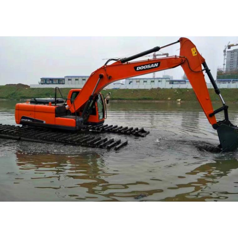 水陸兩棲式挖掘機租賃