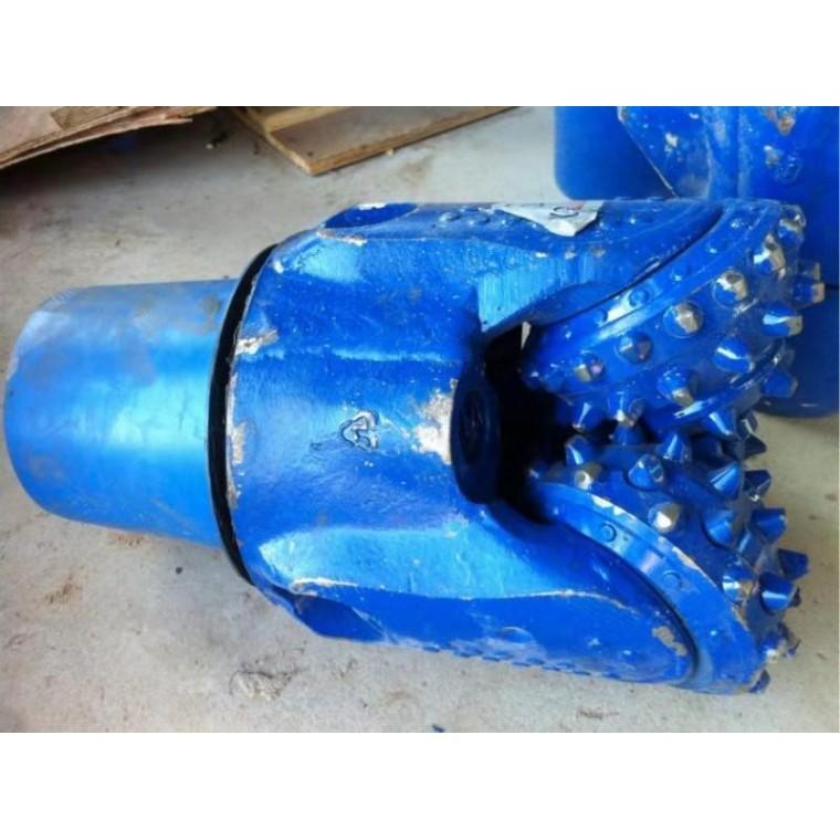 供应优质石油钻井用三牙轮钻头