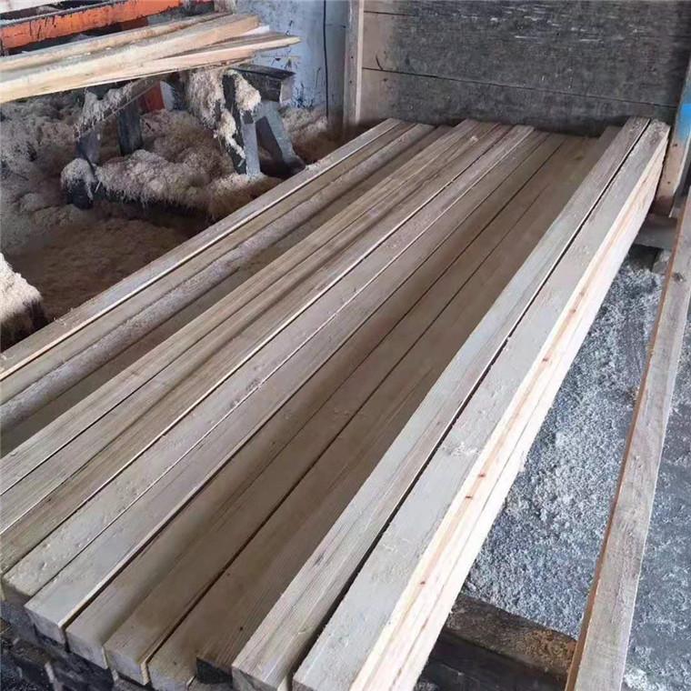建筑木方白松厂家