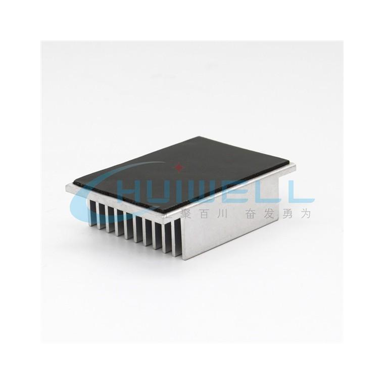 定制生產5G終端通信耐電壓絕緣導熱膠墊