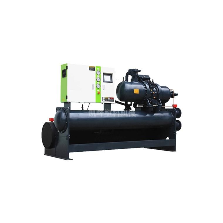 工業冷水機的冷凝器壓