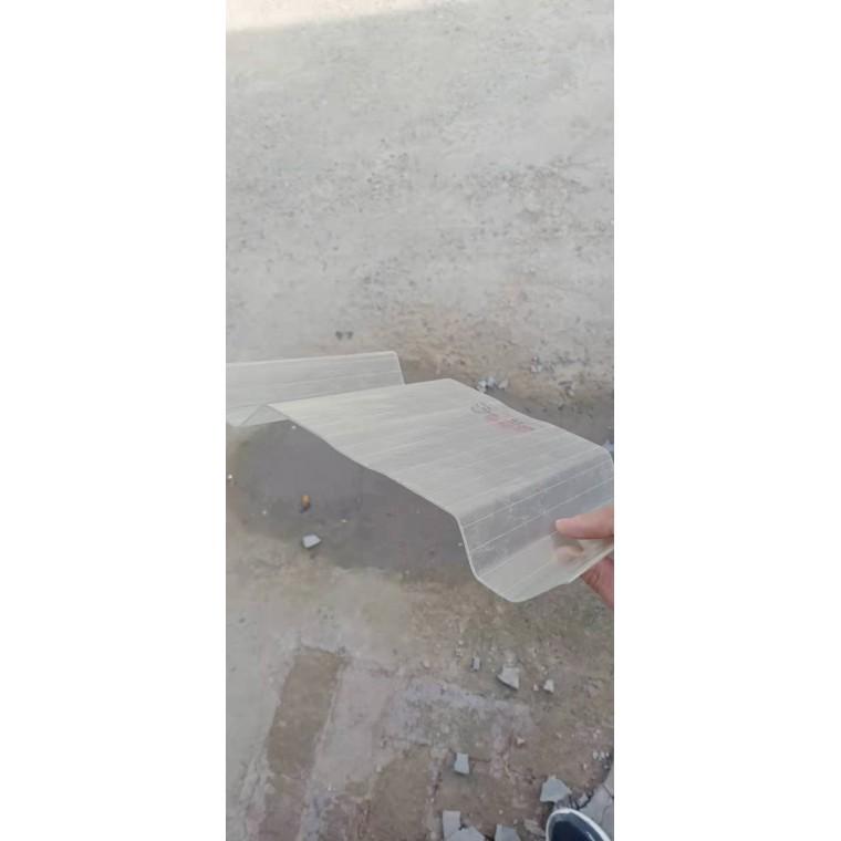 河南玻璃鋼采光板屋面采光板FRP采光板長期供應