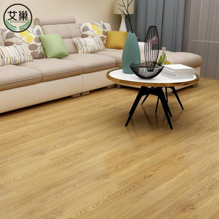 厂家直销PVC长条免胶地板,E0级绿色环保加厚耐磨仿木纹贴纸