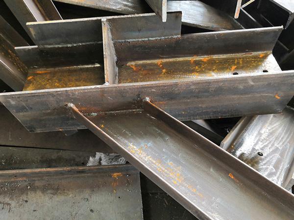 攀枝花不銹鋼焊接加工廠家,激光切割加工多少錢,不銹鋼圓管沖孔加工廠家