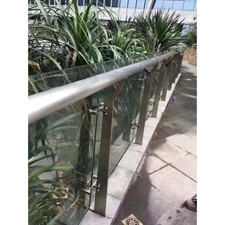 徍宜升玻璃欄桿扶手_玻璃欄桿扶手價格_優質玻璃欄桿扶手批發