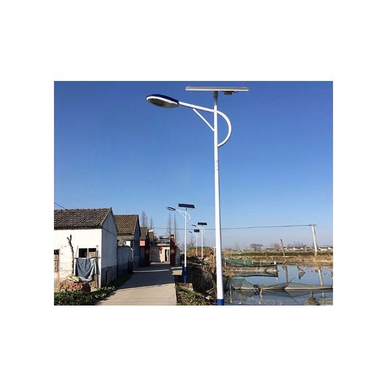 厂家直售道路灯5m到8m太阳能道路灯自弯臂路灯杆路灯太阳能