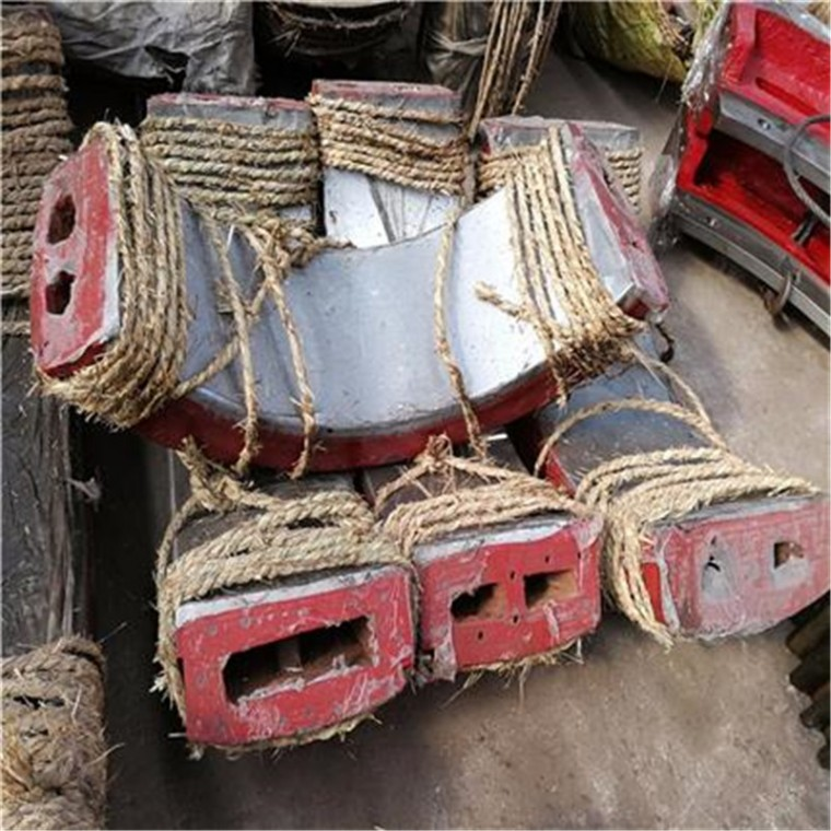 选矿球磨机球面瓦 1.5-3.6米矿磨机轴瓦价格 厂家