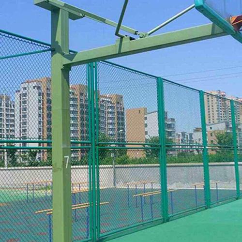 青島籃球場圍欄