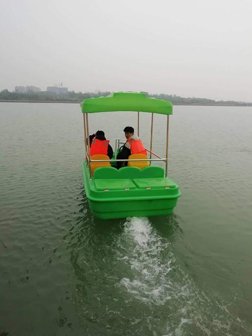 寧夏老爺車造型電動船