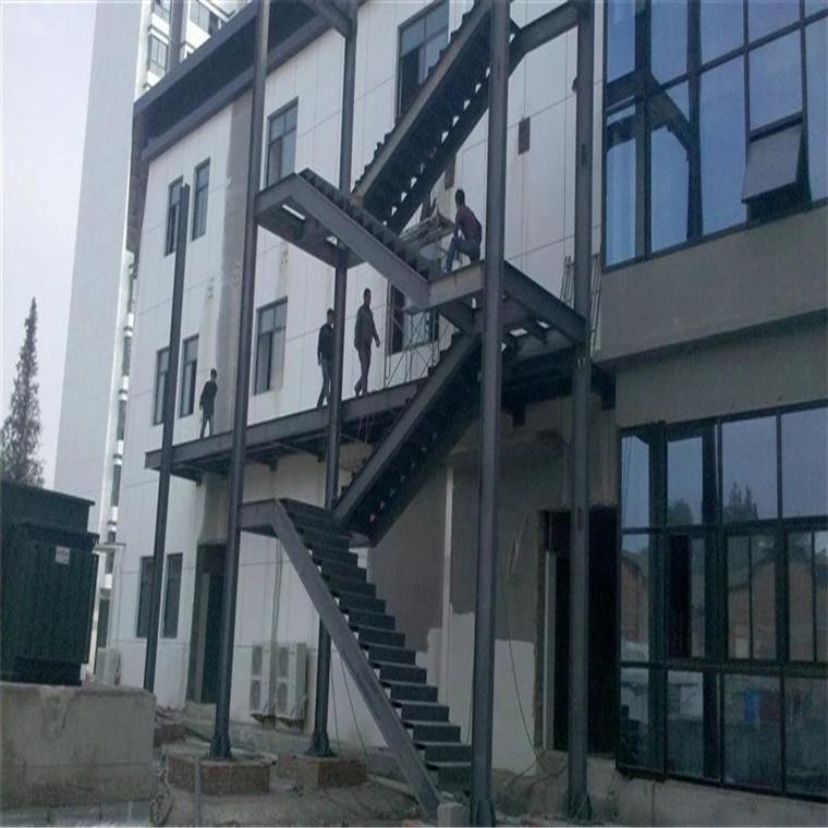 網架鋼結構加工廠螺栓