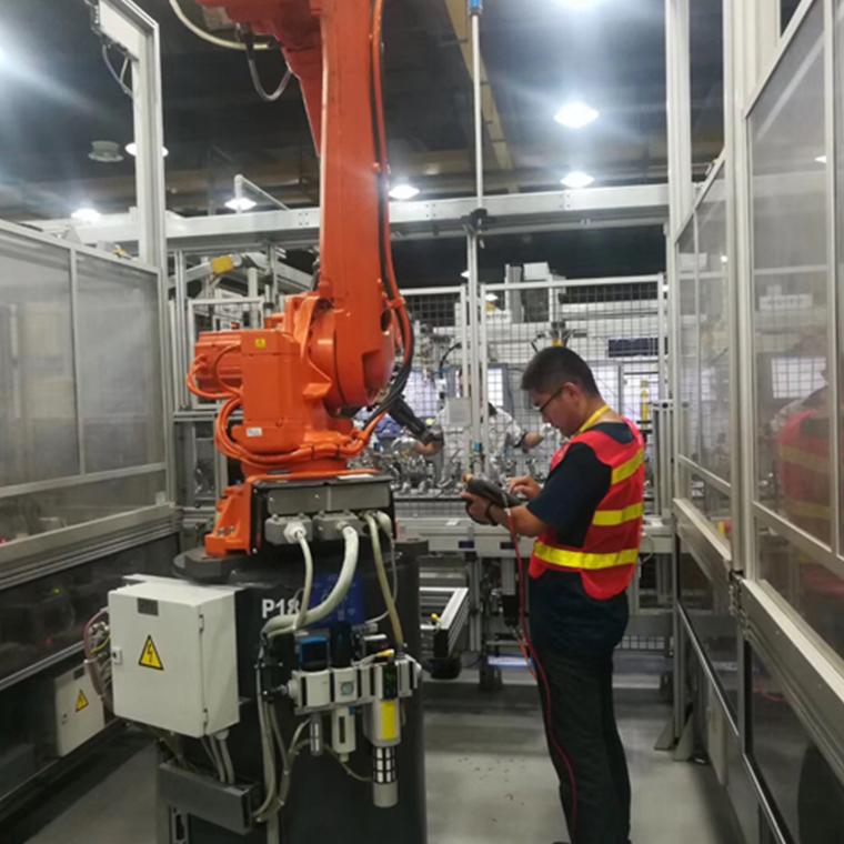 機器人調試保養