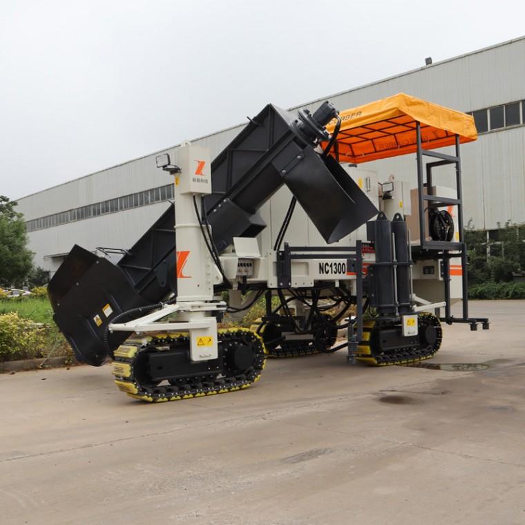 NC1300型多功能混凝土摊铺机