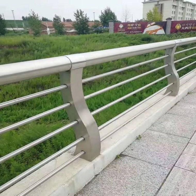 湖北橋梁不銹鋼護欄-