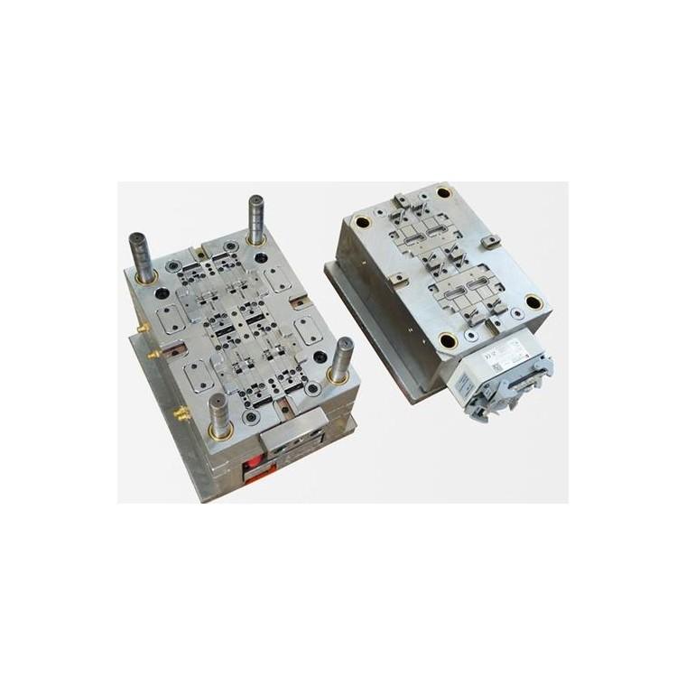 CNC机床加工三个特点