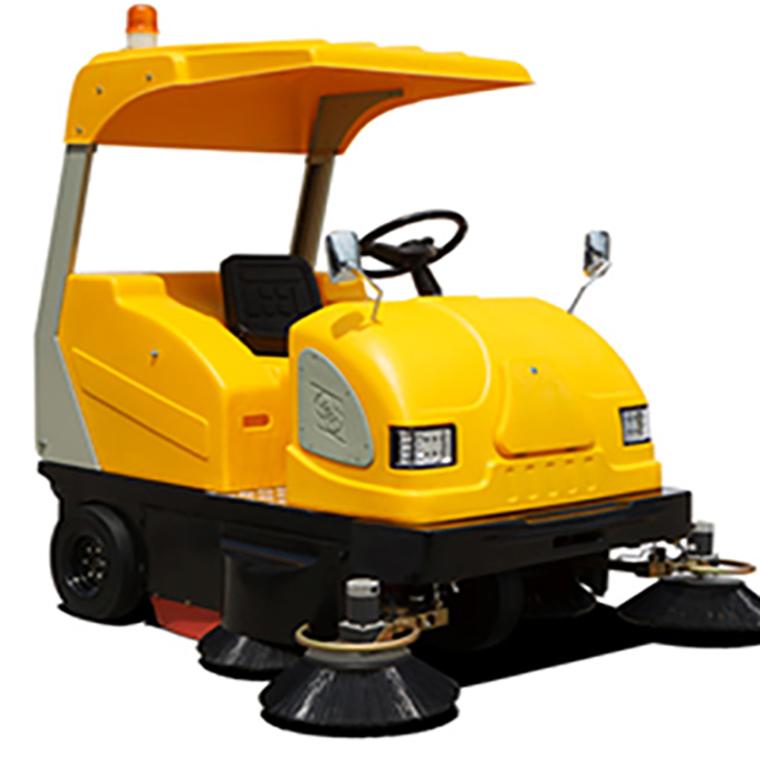敞开式清扫车(吸尘、清扫、喷水)