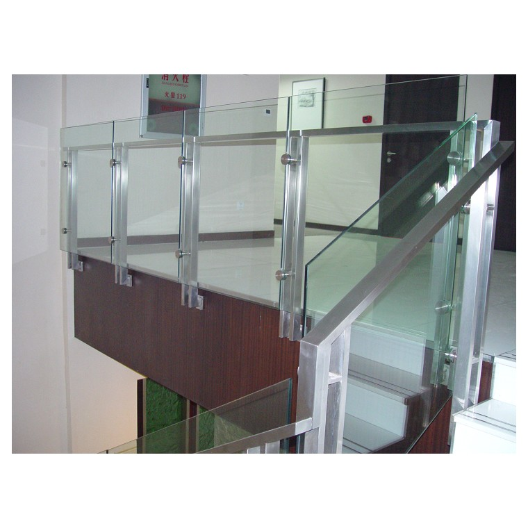不锈钢楼梯立柱制作材料生产供应