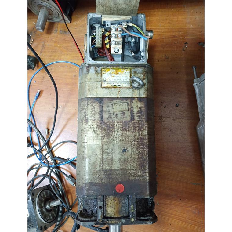 7.5KW西门子电机维修
